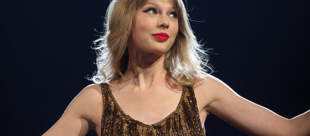 Taylor Swift Is Serena Van Der Woodsen and Beyonce